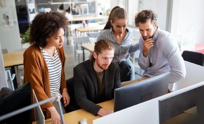 managing through motivation key tactics keep employee team engaged