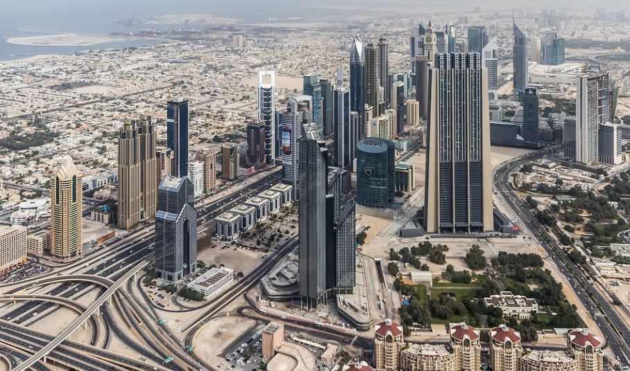 things consider before buying apartment in UAE property purchase tips Dubai condo
